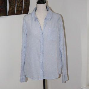 Splendid,  button down shirt Large            C2